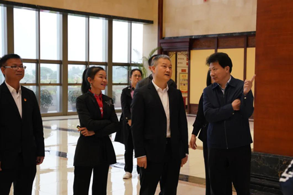 Zou Zhanye, Vice Chairman of Guangxi Province, visited Yangxiang for investigation